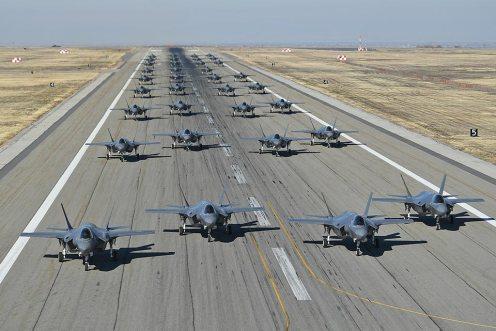 Elephant Walk F-35 e formazione aerea più grande