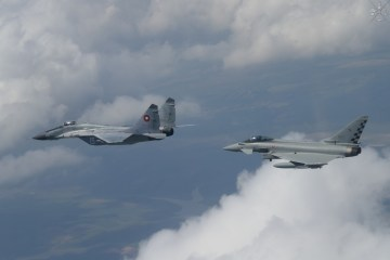 Eurofighter italiani in Romania Task Force 4th Wing Black Shield