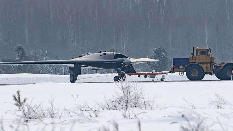 Sukhoi-SU-70-Okhotnik-B-1