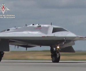 Sukhoi-SU-70-Okhotnik-B-3