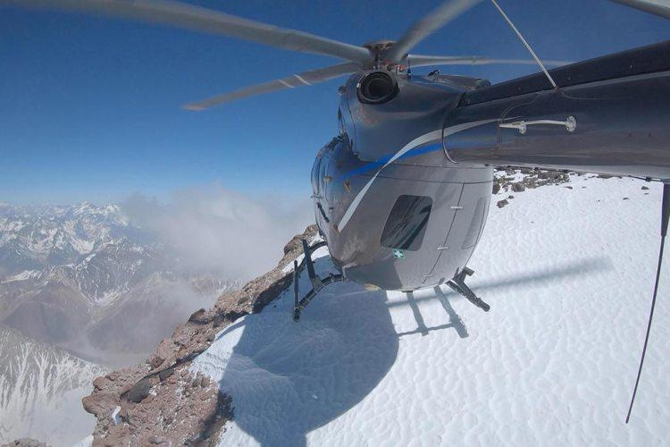 H145 cinque pale sulle Ande