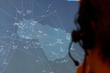 indra controllo del traffico aereo