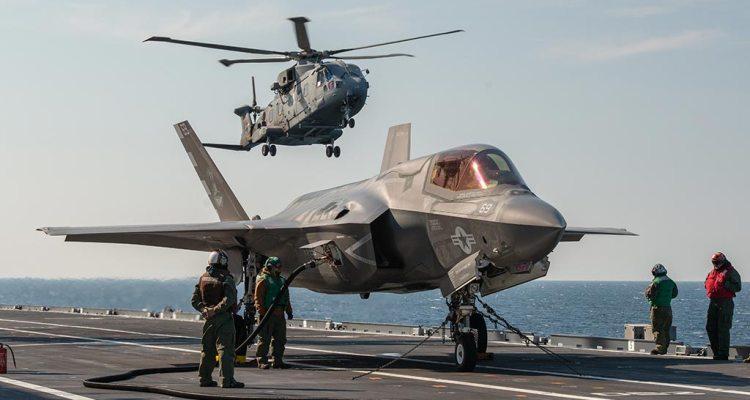 F-35 su nave cavour