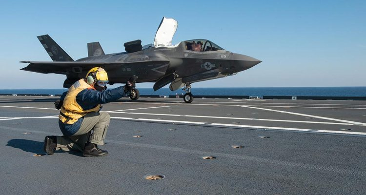 F-35B usa su nave cavour