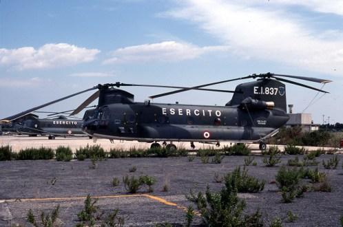 1R1- CH-47C 81458 (E.I.-837) 1°Rgt. Fontanarossa 01.09.1995