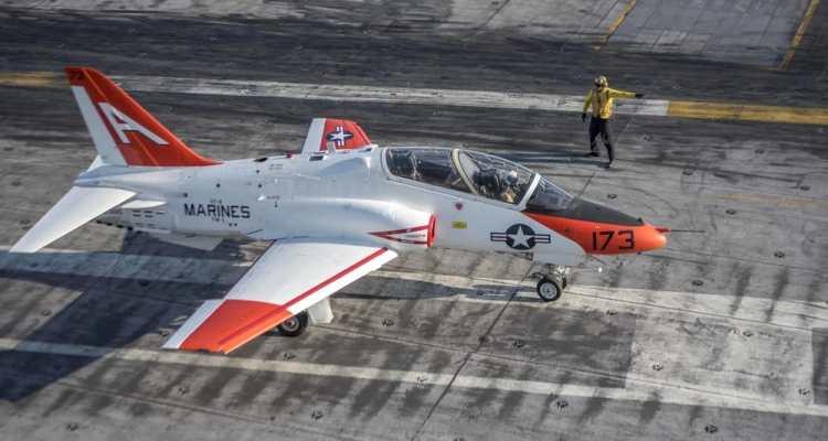 AT-45 Goshawk US Navy
