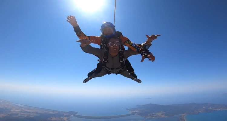 Skydive Costa d'Argento lanci con paracadute in tandem