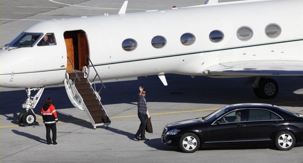 Top 10 Luxury Private Jets Owned By Celebrities Aviation