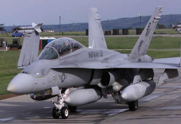 f18 navy hornet