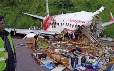 Indian B738 Crashes Killing 18