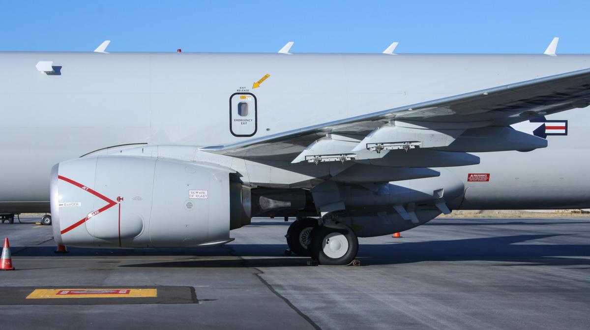 20140501_168433_LF-433_Boeing_P-8A_Poseidon_737-8FV_Wilson_2.jpg