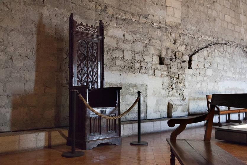 Le Muse De LOeuvre Au Palais Des Papes Avignon Et Provence
