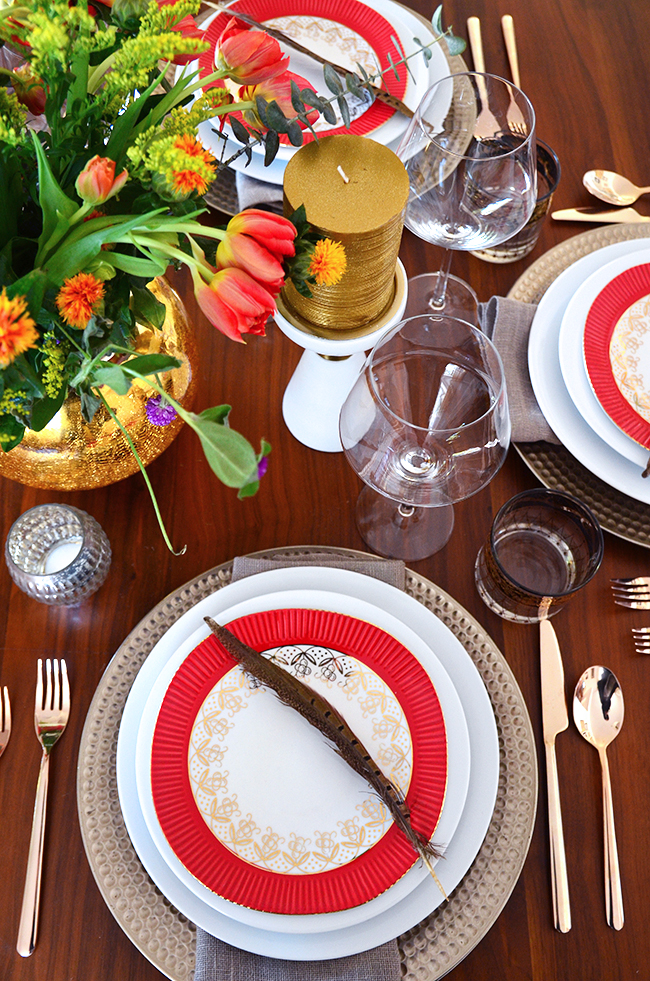 luxe traditional thanksgiving table setting