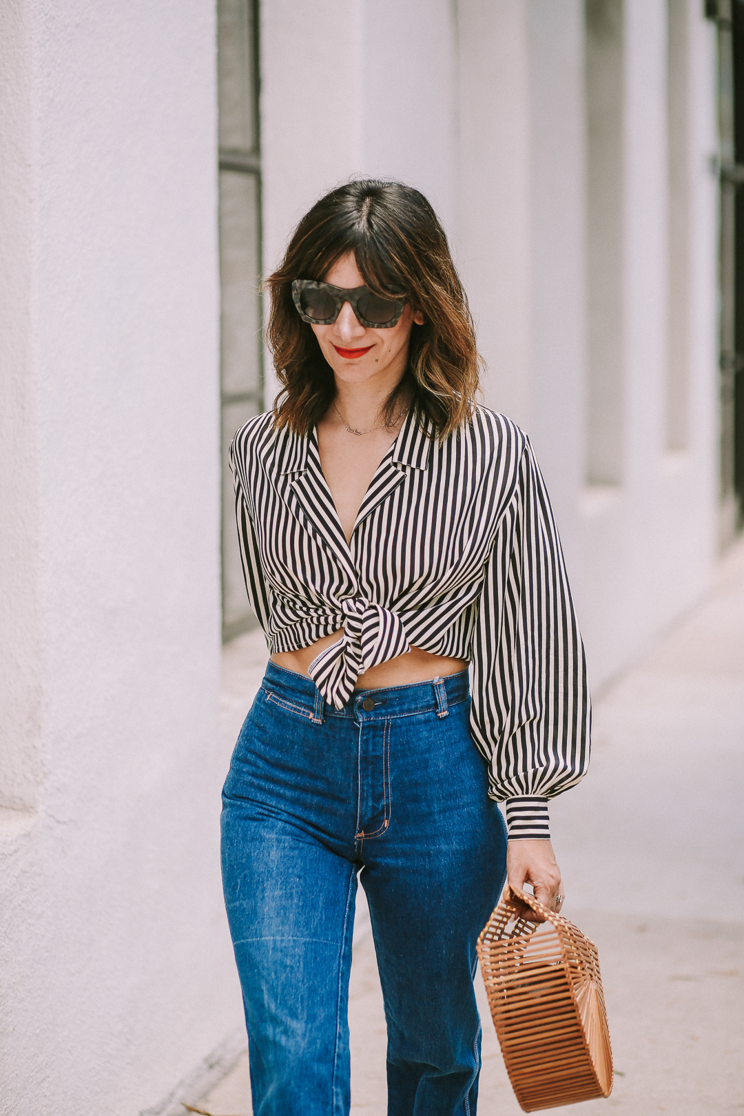 How to Style High Waist Jeans Outfit Ideas for Fall