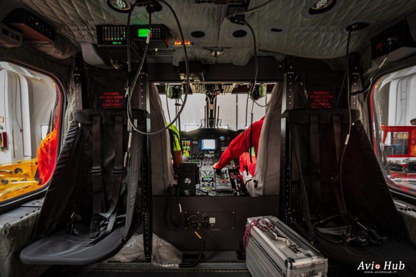 Cabina elicottero AW139 Vigili Reparto Volo Vigili del fuoco di Venezia