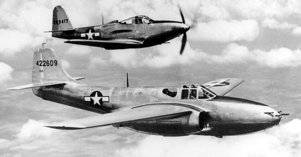 First flight for Bell P59 Airacomet dieulois