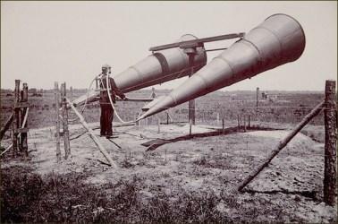USA - Détecteur acoustique en test Années 1920 (1)