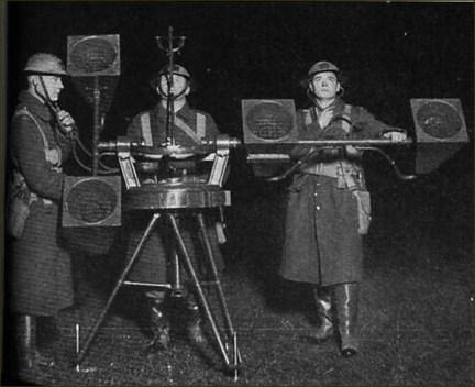 1940 - Londres - Blitz Sound Locator Mk VI (2)