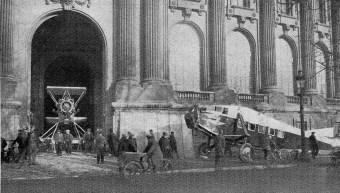 arrivée des avions au Grand Palais