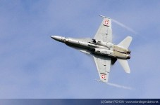 AIR14-Payerne-F-18-Solo-Display-2