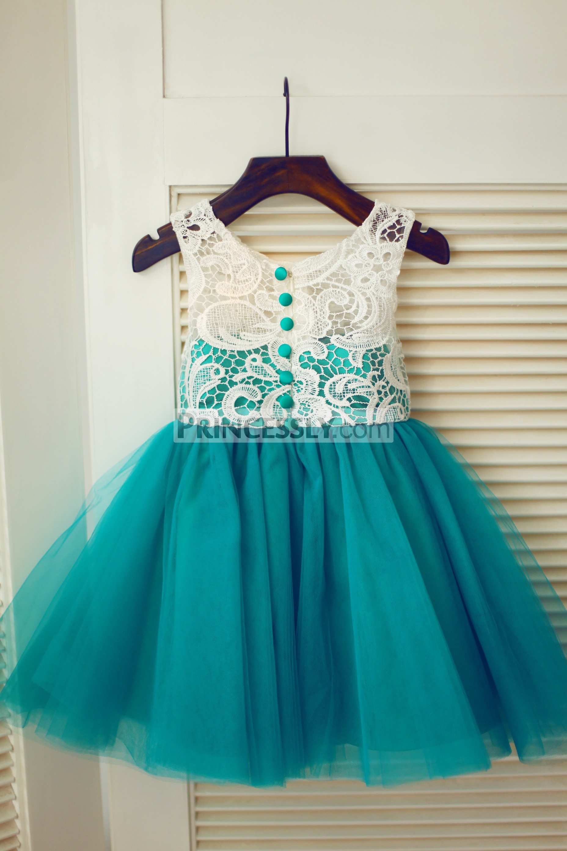 Ivory Lace Green Tulle Wedding Flower Girl Dress With