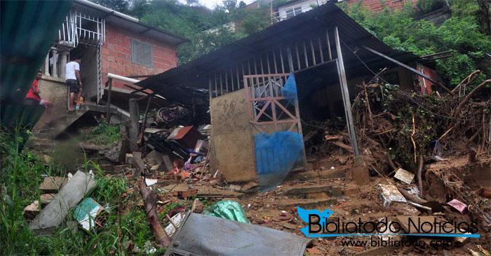 En Venezuela: mueren dos niñas al colapsar una vivienda tras inundaciones