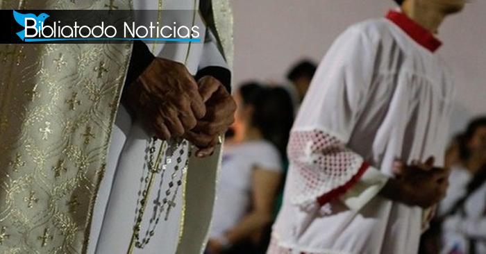 """""""Es más una formalidad que una órden"""" dice Vaticano sobre reglas para sacerdotes con hijos"""