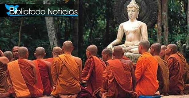 Monjes que desafían a cristianos sobre el poder de Dios se llevaron una gran sorpresa