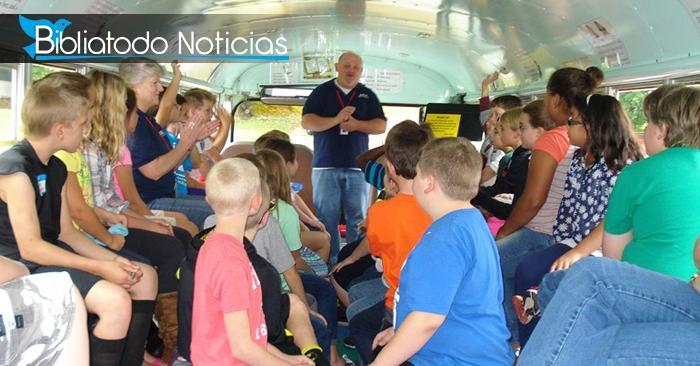 """""""Autobús bíblico"""" la nueva manera de enseñar a los niños. Entérate de qué se trata."""