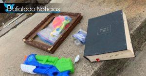Hallan Biblia intacta en casa destruida por paso de tornados en EE.UU