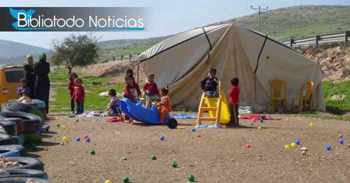 En Cisjordania: Cristianos construyen escuelas para niños refugiados.