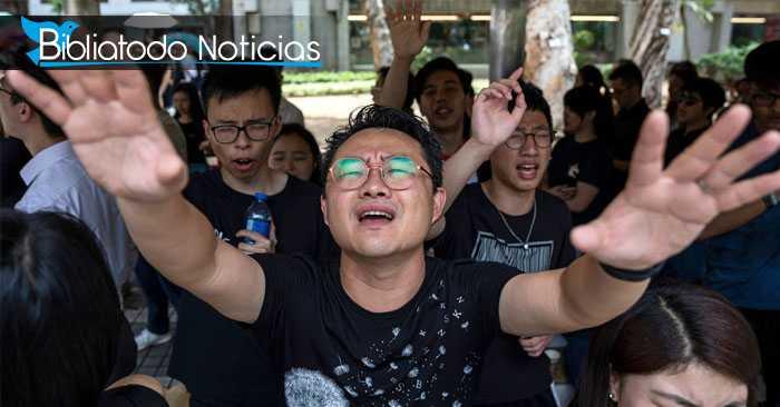 Famosa alabanza cristiana hace que Hong Kong busque de Dios en medio de protestas