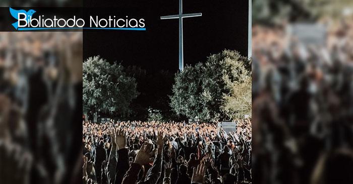3.000 personas se convierten a Cristo durante los primeros conciertos de Kanye West.