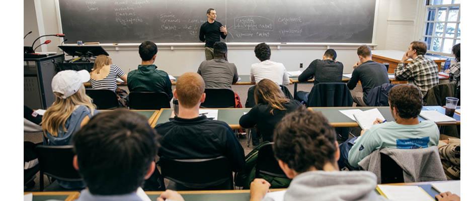Sesgo izquierdista inunda campus universitarios estadounidenses