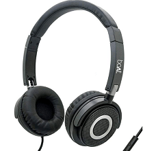 Boat BassHeads 900 Wired Headphone with Mic at 76% Discount
