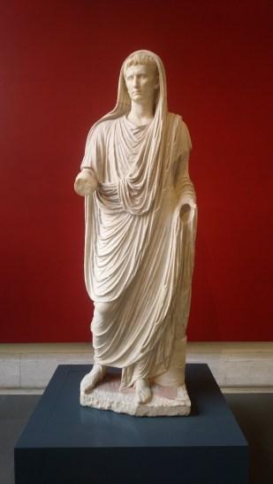 Augustus als hogepriester