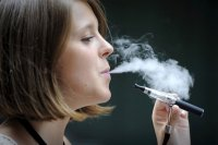La cigarette électronique : un cancer pour l'industrie du tabac