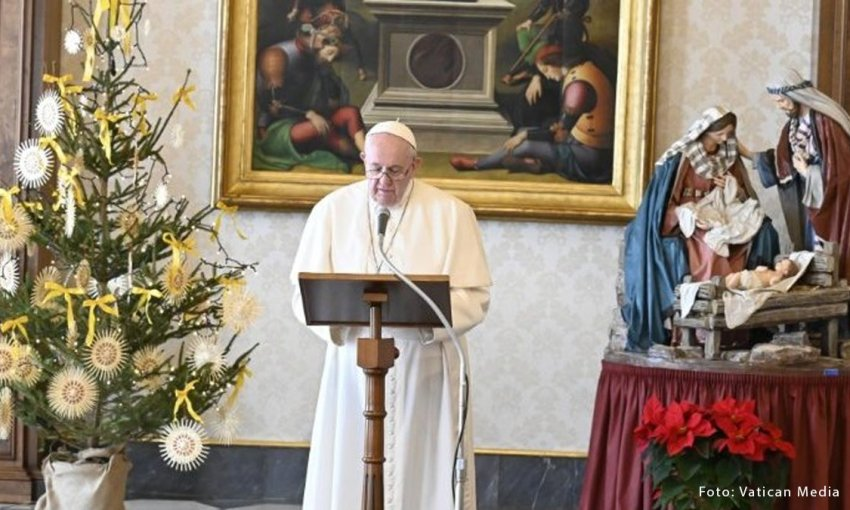 "Papa Francisco anuncia Ano ""Família Amoris laetitia"""