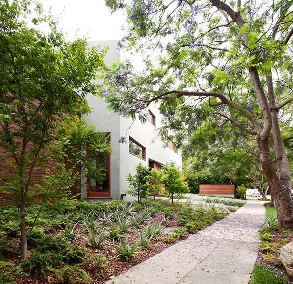 modern extravagant residence