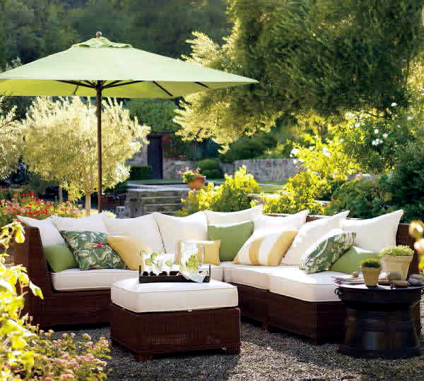 Ideas For Garden Furniture The Seating Area In The Garden Figures