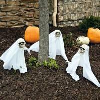 Halloween Party Decoration in garden | Interior Design ...