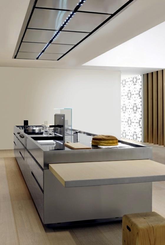 Designer Kitchen Island – Discreet And Practical Interior Design