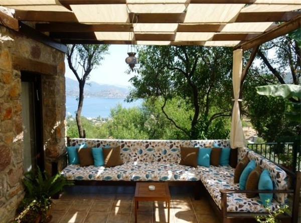 sofa set in indian style precios sofas ta quatro covered terrace – 50 ideas for patio roof of modern houses ...