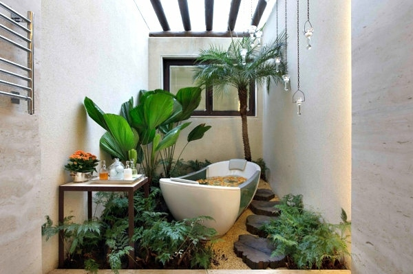 Interior Design Ideas – Green Houseplants In The Bathroom