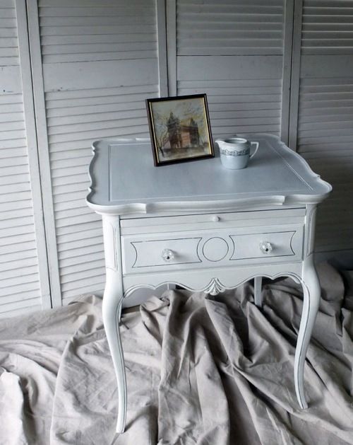 10 Cool hand painted furniture designs  artistic ability