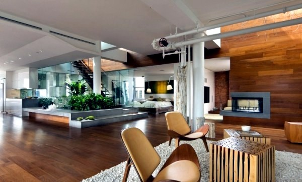 Modern loft with indoor garden and a clear ecoguiding