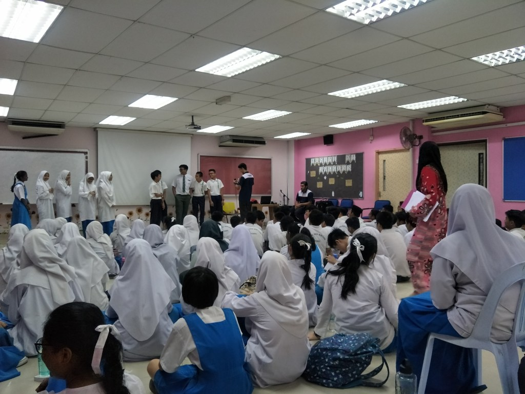 Career talk at SMK SERI BINTANG UTARA
