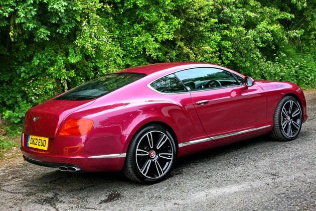 Continental GT V8: najcenejši, a še vedno pravi Bentley.