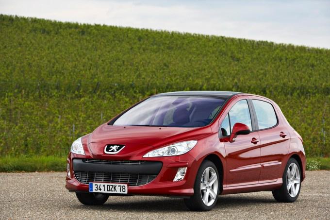 Peugeot 308: boljša kakovost in prepričljivejša lega na cesti.