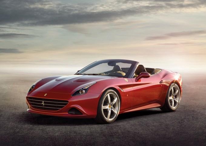 Rojstvo v Ženevi: California T je novi in gotovo zelo želeni Ferrari.